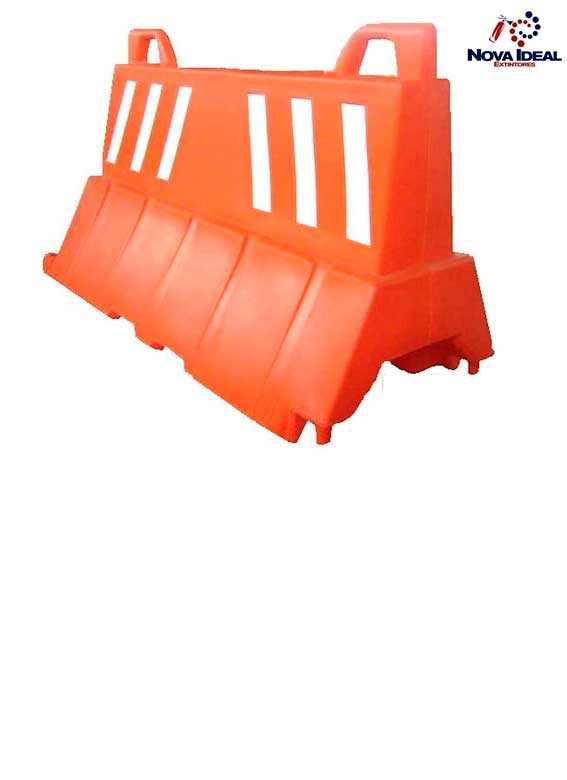 Barreira plástica de sinalização