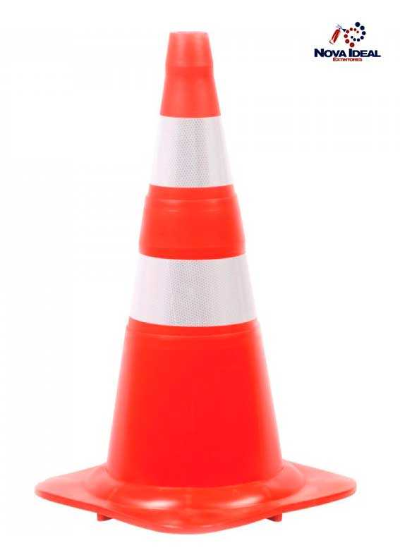 Cone de sinalização de trânsito